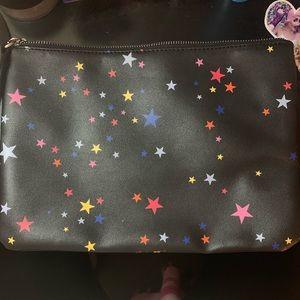 Gap clutch with stars